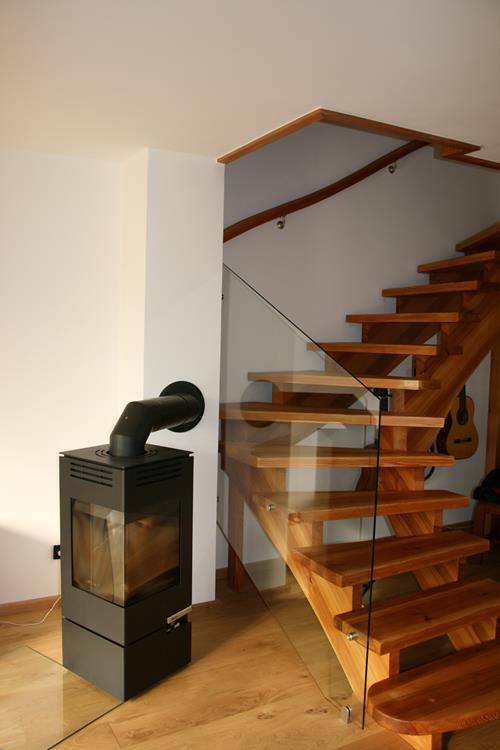 glastraum glasgel nder treppe und br stung. Black Bedroom Furniture Sets. Home Design Ideas